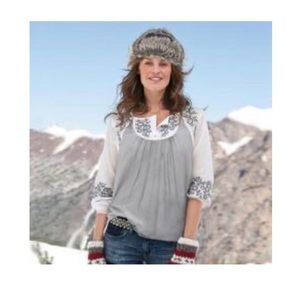 Sundance small Blouse Top Gray White Embroidered